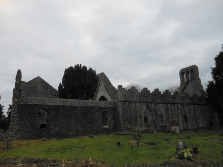 Igreja e cemitério próximo ao Malahide Castle