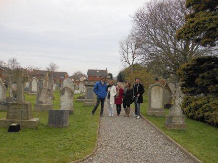 No meio do caminho, outro cemitério!